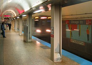300px-Chicago_Red_CTA_061028